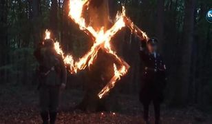 "Afera wokół ""urodzin Hitlera"". Operator TVN hailuje na tle swastyk"