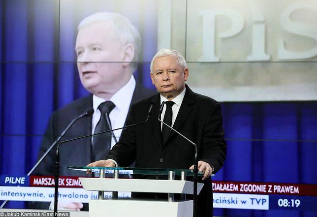 Kuchciński nie chciał, Kaczyński kazał. Kulisy dymisji