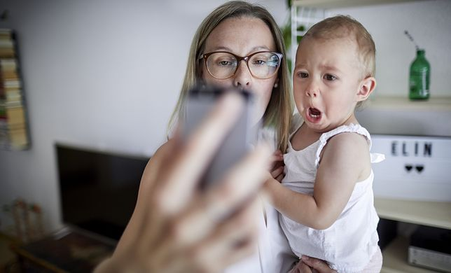 Czy powinniśmy pokazywać swoje dzieci w mediach społecznościowych?