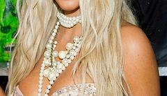 Kim Kardashian: seksbomba w blond odsłonie