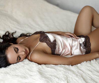 Halka z piękną koronką może służyć jako elegancka piżama