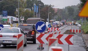 Ministerstwo Finansów nie przekazało pieniędzy na remonty dróg krajowych w miastach.