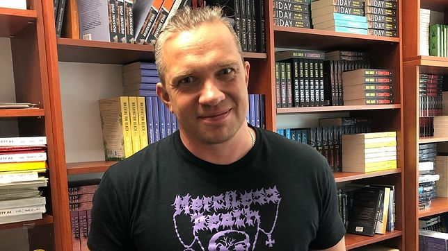 Łukasz Orbitowski od samego początku wspiera Strajk Kobiet.
