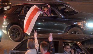 Białoruś. Brawurowa akcja kierowcy. Uratował mężczyznę przed OMON