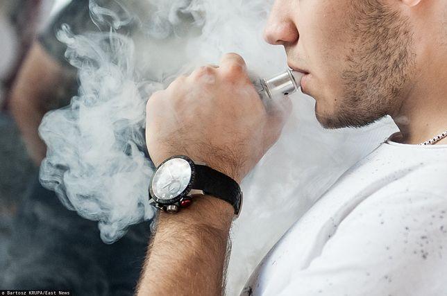 E-papierosy zagrożeniem szczególnie dla młodzieży