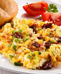Jajecznica na 10 sposobów. Śniadanie nie musi być nudne!