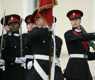 Książę William w wojskowym mundurze