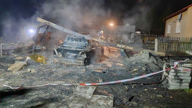 Gdy na miejscu pojawili się strażacy, budynek stał w ogniu