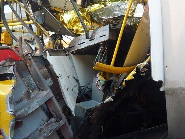 """Straż miejska pokazuje zdjęcia ze zderzenia tramwajów. """"Cud, że nikt nie zginął"""""""