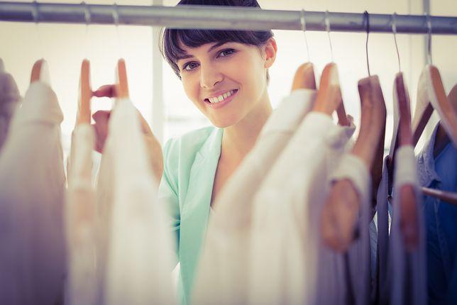 Na czym polega idea garderoby kapsułkowej?