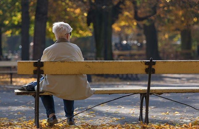 Do opieki nad osobami starszymi wyjeżdżają do Niemiec tysiące osób.