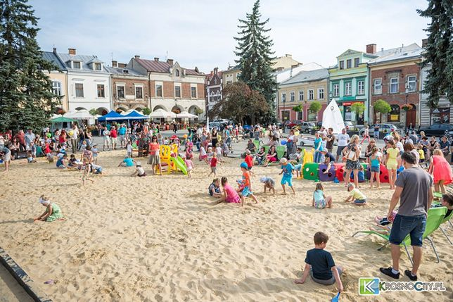 Wakacje 2015 - plaża na Rynku w Krośnie