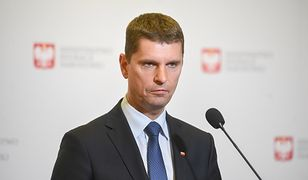 Rekrutacja. Minister edukacji narodowej Dariusz Piontkowski uspokaja rodziców