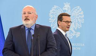 Wiceprzewodniczący Komisji Europejskiej Frans Timmermans i premier Mateusz Morawiecki.