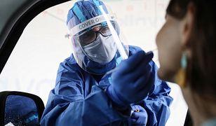 Koronawirus w Polsce. Resort zdrowia aktualizuje listę żółtych i czerwonych stref