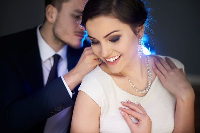 Elegancka biżuteria będzie idealnym prezentem na walentynki