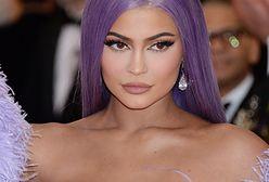 Kylie Jenner na Halloween. W stroju Arielki wygląda ponętnie!