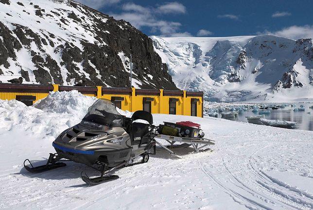 Antarktyka. Polscy badacze zostali uratowani przez ratowników z Chile