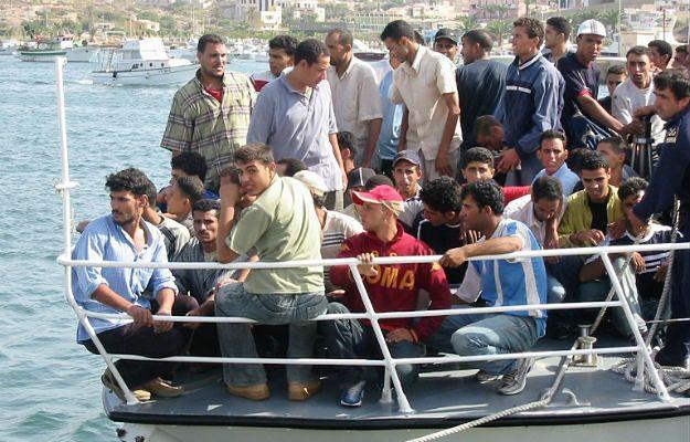 Lampedusa, Morze Śródziemne