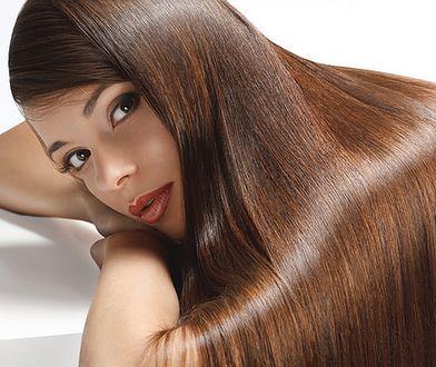 Przedłużanie włosów metodą kanapkową jest bezbolesne i bezpieczne