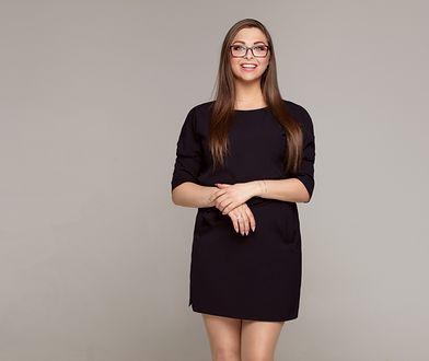 Odsłaniająca nogi sukienka powinna się znaleźć w szafie każdej kobiety