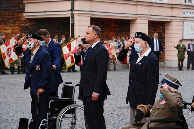 Powstanie Warszawskie. Prezydent Andrzej Duda złożył kwiaty pod pomnikiem