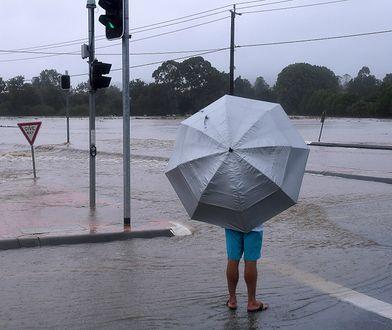 Powódź po cyklonie. Nakaz ewakuacji 40 tys. osób