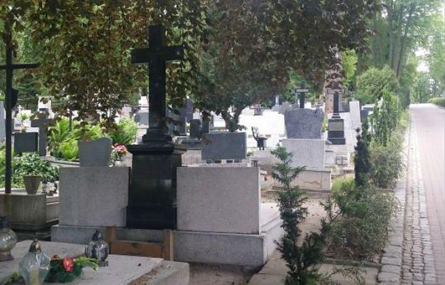 Fatalna pomyłka na cmentarzu w Słupsku. Miało dojść do zamiany ciał