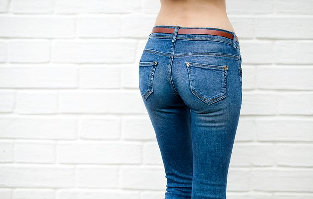 Ładne i modne jeansy mogą też modelować sylwetkę