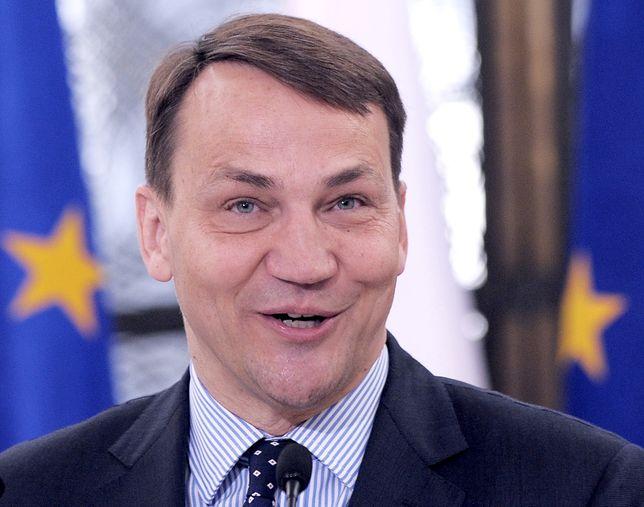 """Sikorski o Kaczyńskim. """"Naczelnik rakiem wycofuje się z kłamstwa smoleńskiego"""""""