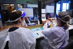 Obowiązkowe szczepienia przeciwko COVID-19 medyków. We Francji będą kary