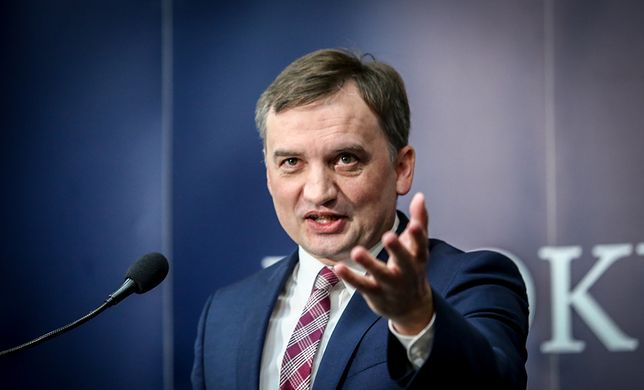 """Zbigniew Ziobro do dymisji? Jest odpowiedź: Strach zajrzał w oczy?"""""""