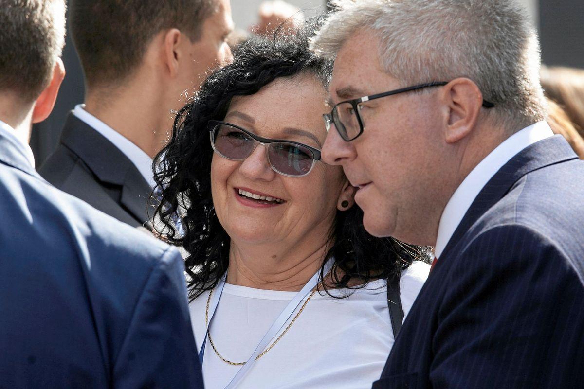 Intratna posada za... zwolnienie miejsca siostrze premiera