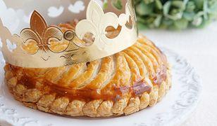 Ciasto Trzech Króli. Słodki wypiek z ciasta francuskiego