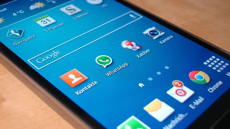 SMS może zawiesić starsze Samsungi Galaxy – winny protokół sprzed 17 lat