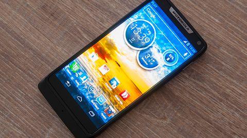 Motorola RAZR i — Intela atak atomowy