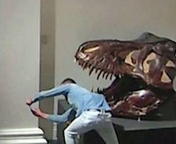 Student z Niemiec włamał się do muzeum, żeby zrobić selfie z dinozaurem