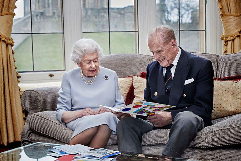 Królowa Elżbieta świętuje rocznicę ślubu. Razem z mężem pobili rekord