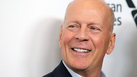 Bruce Willis wystąpił w reklamie za pomocą technologii deepfake. Planowane jest 15 spotów