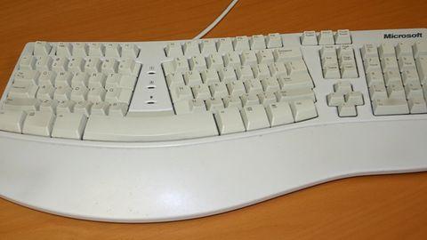 Microsoft Classic Ergonomic Keyboard. Wielki powrót klasycznej klawiatury