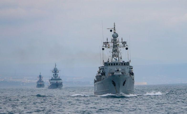 Pokaz siły Rosji na Morzu Czarnym. Ćwiczenia artyleryjskie Floty Czarnomorskiej