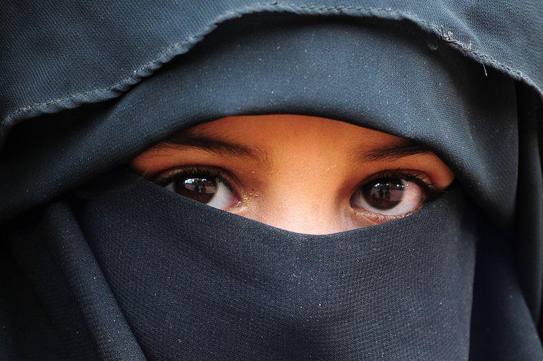 Zakaz noszenia burki. Szwajcarzy zdecydowali