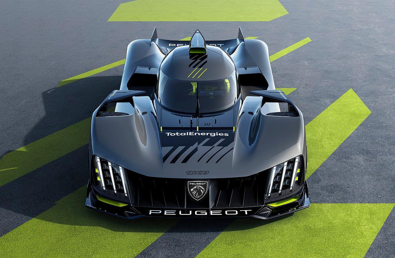 Peugeot 9X8: Statkiem kosmicznym na tor