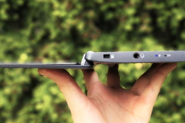 Acer TravelMate X5 został wyposażony w ekran z możliwością odchylenia do 180 stopni.