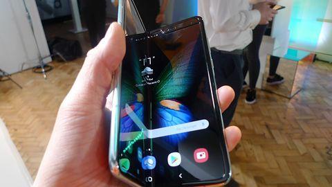 Samsung Galaxy Fold ma problemy z ekranem. Pierwsze smartfony zepsuły się po kilku dniach