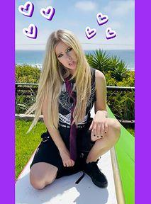 Avril Lavigne dołącza do TikToka i sprawia, że znów jest 2002 rok