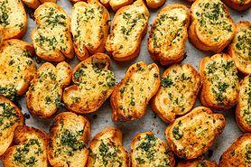 Podwójnie czosnkowe masło. Naturalny antybiotyk chroni przed rakiem i zakrzepicą