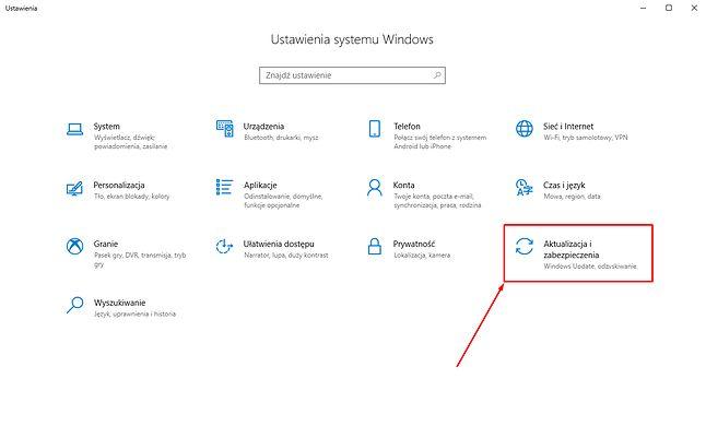 Stan aktualizacji można skontrolować odwiedzając ustawienia Windowsa 10.