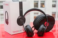Creative Sound Jam vs Beats Solo3 Wireless — Dawid i Goliat