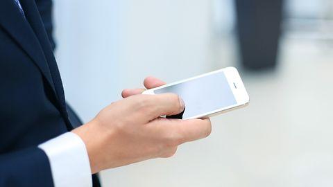 """Uwaga na SMS-y od """"OTOMOTO"""". Oszuści próbują zdobyć pieniądze w sprawdzony sposób"""